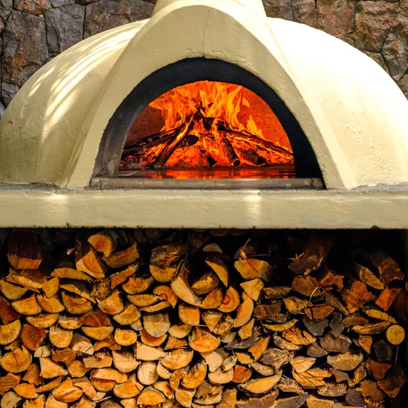 Cbreeza Pizzeria